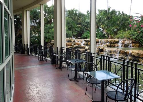 Mall Lagoon01